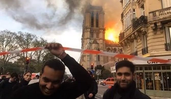 Muzułmanie i Katedra Notre Dame w płomieniach