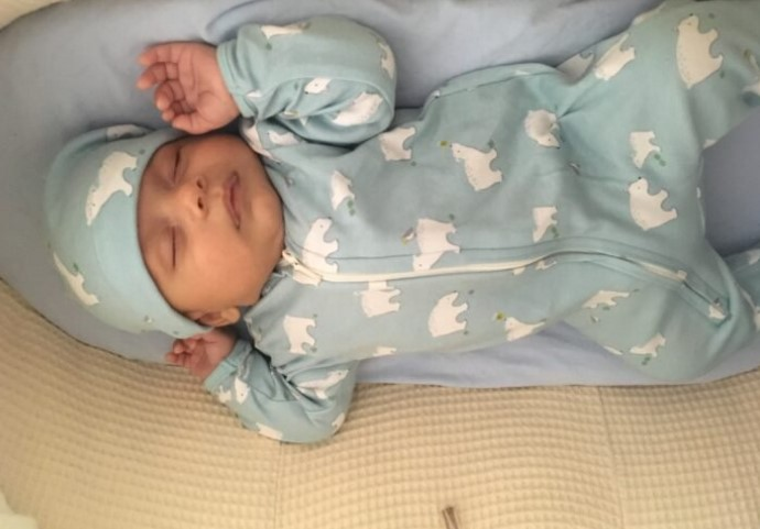 Chłopiec urodził się w domu
