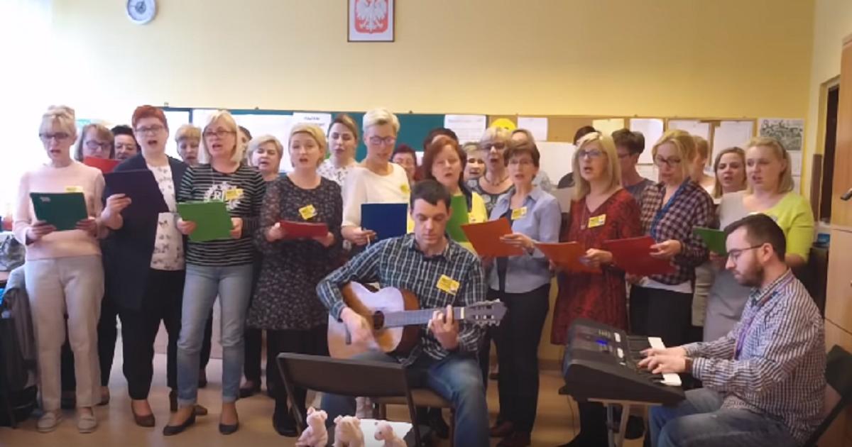 Nauczyciele z Gliwic napisali i zaśpiewali piosenkę o strajku. Stała się hitem sieci