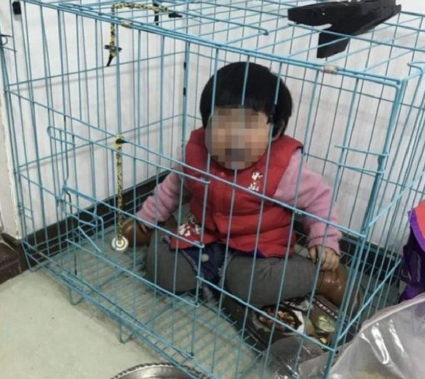 Dziecko w klarce