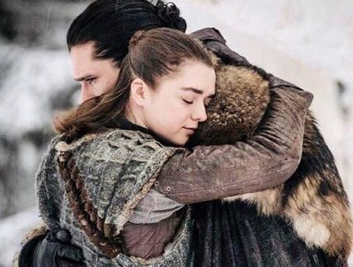 """Chce nadać dziecku imię bohaterki z """"Gry o tron"""". Żona boi się, że córka ich znienawidzi"""