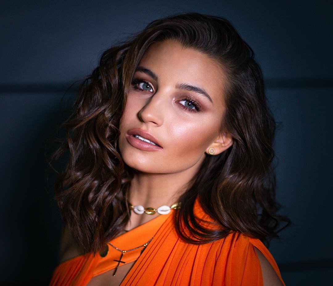 Julia Wieniawa - instagram, wiek, wzrost i gorące newsy!