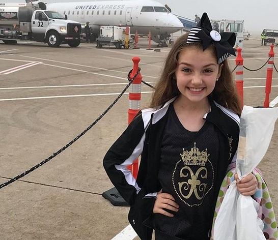Ma 9 lat i już zdobyła tytuł miss. Nie uwierzysz, jak wygląda przed wizytą u specjalistów
