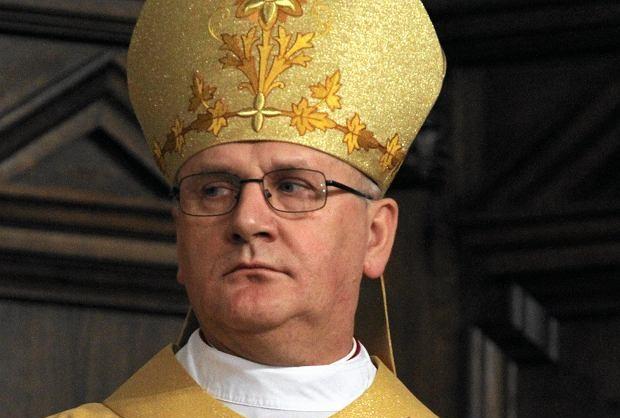 Wyciekła lista biskupów, którzy kryli księży pedofilów. Szokujący raport ujawniła jedna z gazet