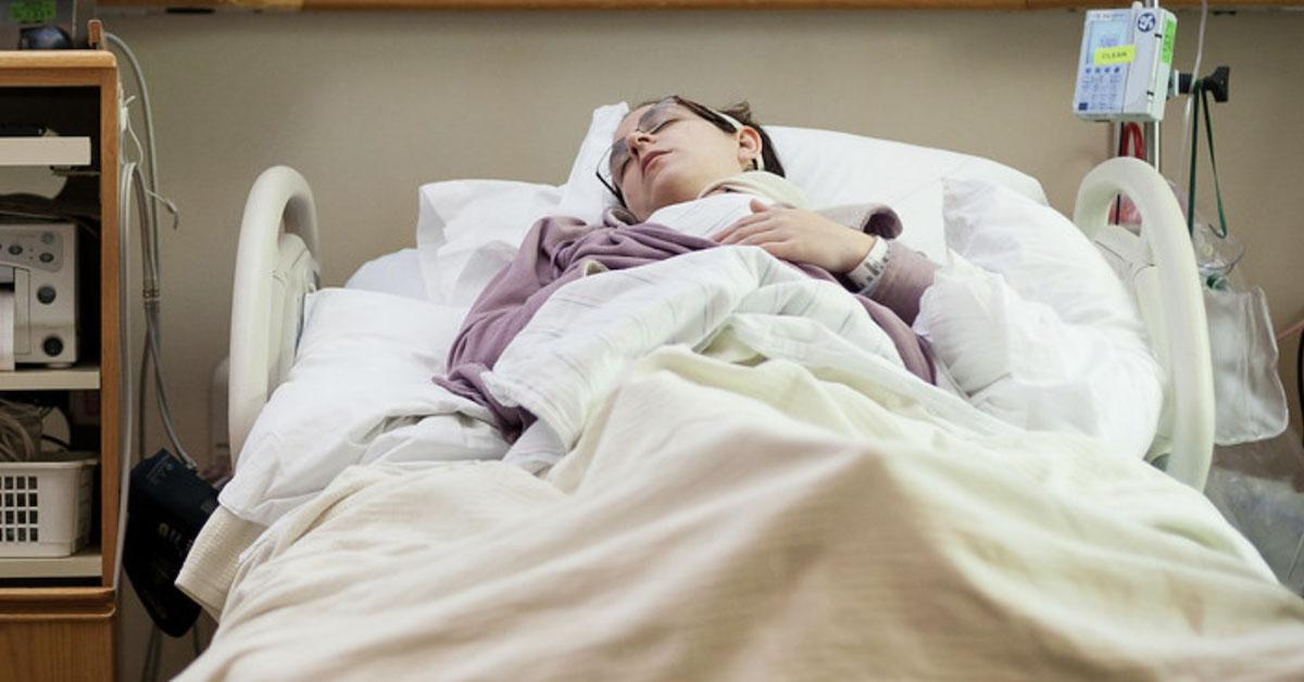 Dwie kobiety z obrażeniami pochwy trafiły na SOR. Pielęgniarka wyznaje prawdę