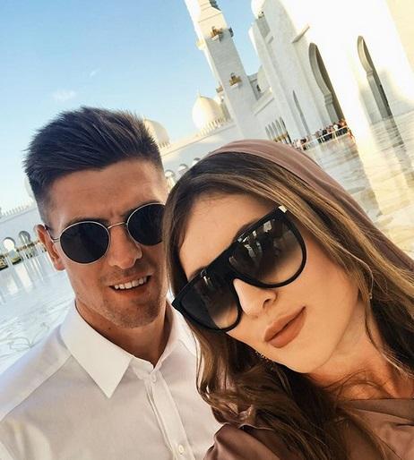 Krzysztof Piątek wziął ślub! Pochwalił się w sieci tylko jednym zdjęciem z uroczystości