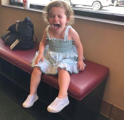 Dwulatka napisała list o tym, co czuje, gdy płacze? Symulacja oddaje całkowicie stan dzieci