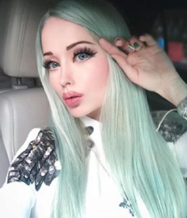 32-latka nazywana była żywą lalką Barbie. Dziś wygląda zupełnie inaczej