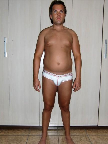 Przeszedł ponad 150 operacji, by wyglądać jak Ken. Jego zdjęcie z przeszłości zaskakuje