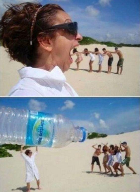 35 najdziwniejszych zdjęć zrobionych na plaży. Trudno powiedzieć, co ci ludzie mieli na myśli