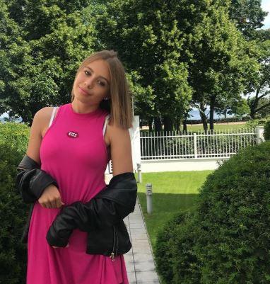 Oliwia Bieniuk zarabia