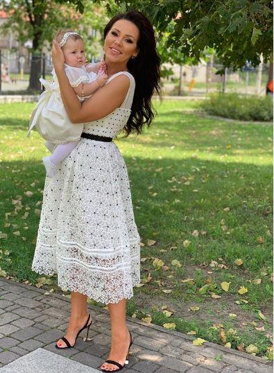 Sylwia Bomba z córeczką