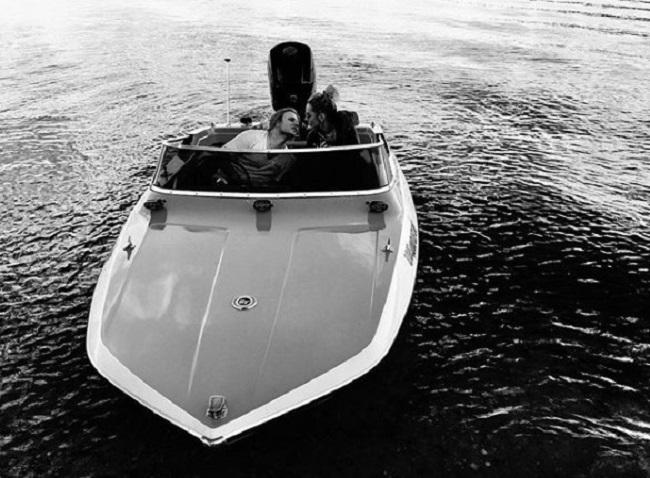 Starakowie na łódce