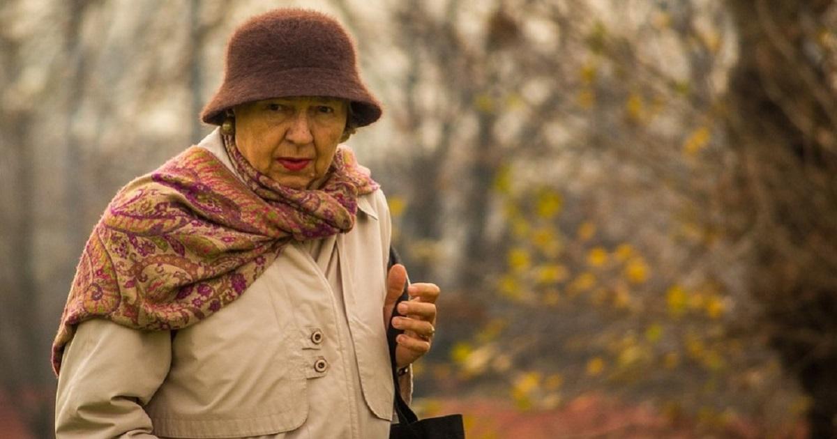 Otwarcie rejestracji dla seniorów. Póki co tylko dla tych powyżej 80. roku życia