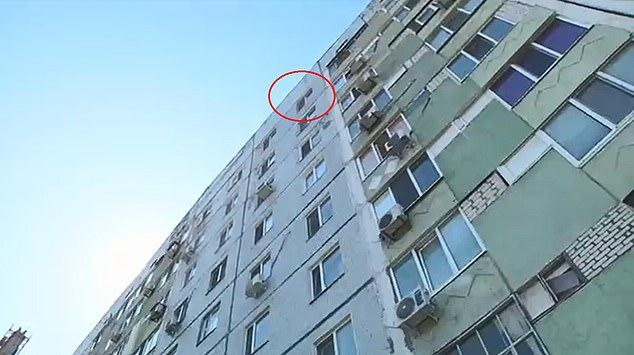 Zdesperowany 8-latek wyskoczył z 9. piętra. Rodzice zmienili jego życie w koszmar