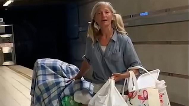 bezdomna która zaśpiewała arię operową