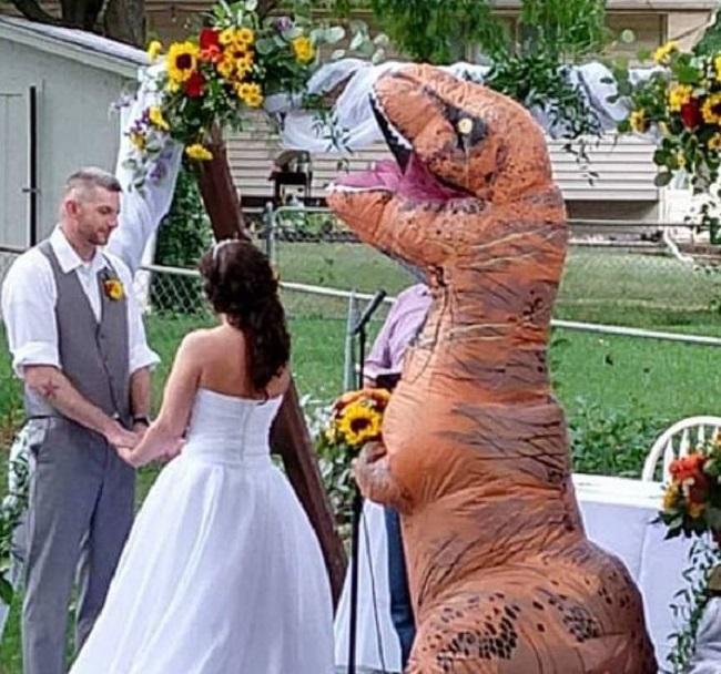 Była świadkiem na ślubie siostry