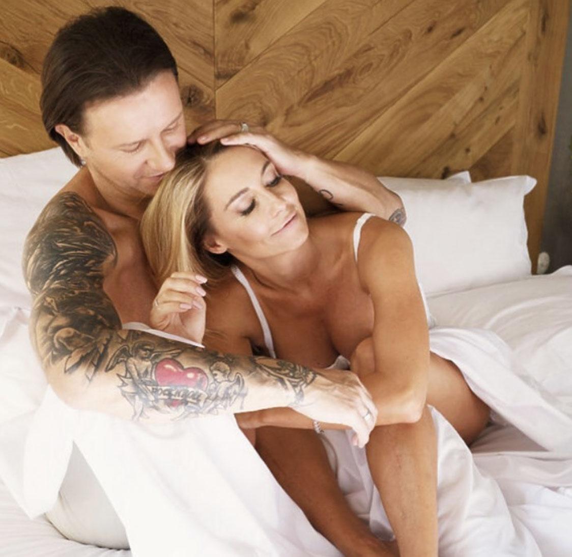 """Majdanowie pochwalili się zdjęciem z łóżka. Fani: """"Dodajcie foto spod prysznica"""""""