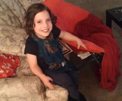 rodzina adoptuje 8-latkę