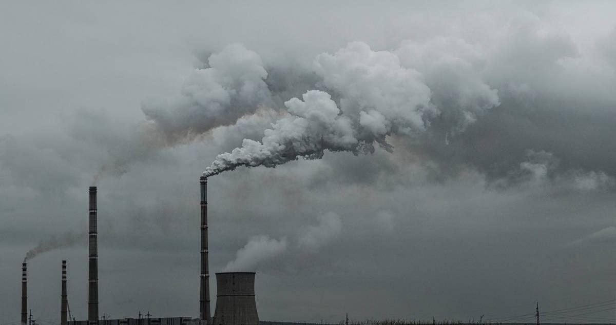 Zakaz palenia węglem i drewnem w Krakowie. Za niestosowanie się grożą surowe kary
