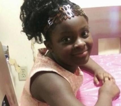 dziewczynka, która zmarła po zakrztuszeniu się marchewką