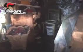 miejsce w ktorym oprawca przez 10 lat więził i torturował kobietę