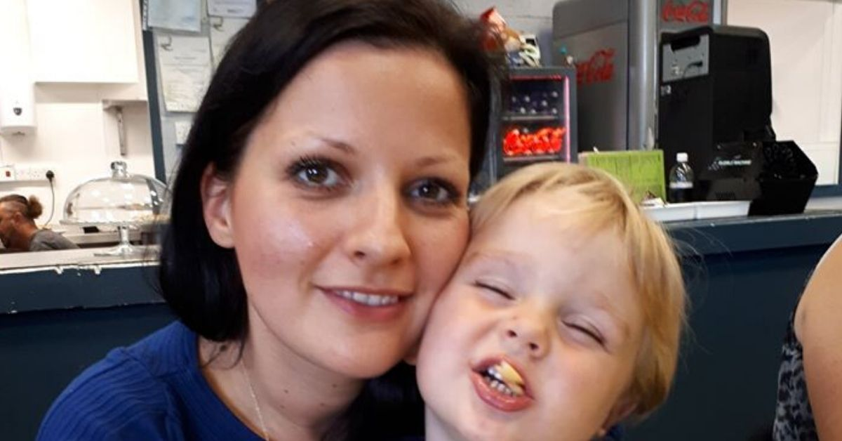 Odebrano jej dziecko i oddano homoseksualistom