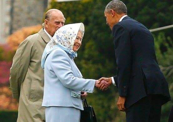 królowa Elżbieta żyje
