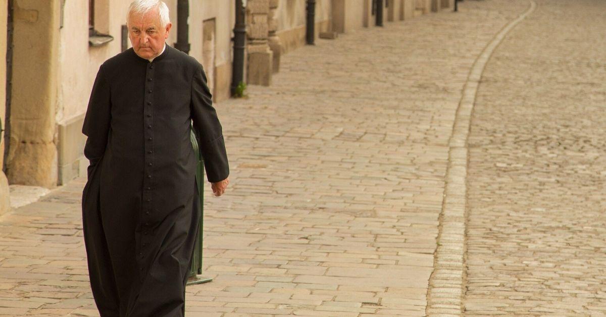 Ksiądz piętnuje parafian