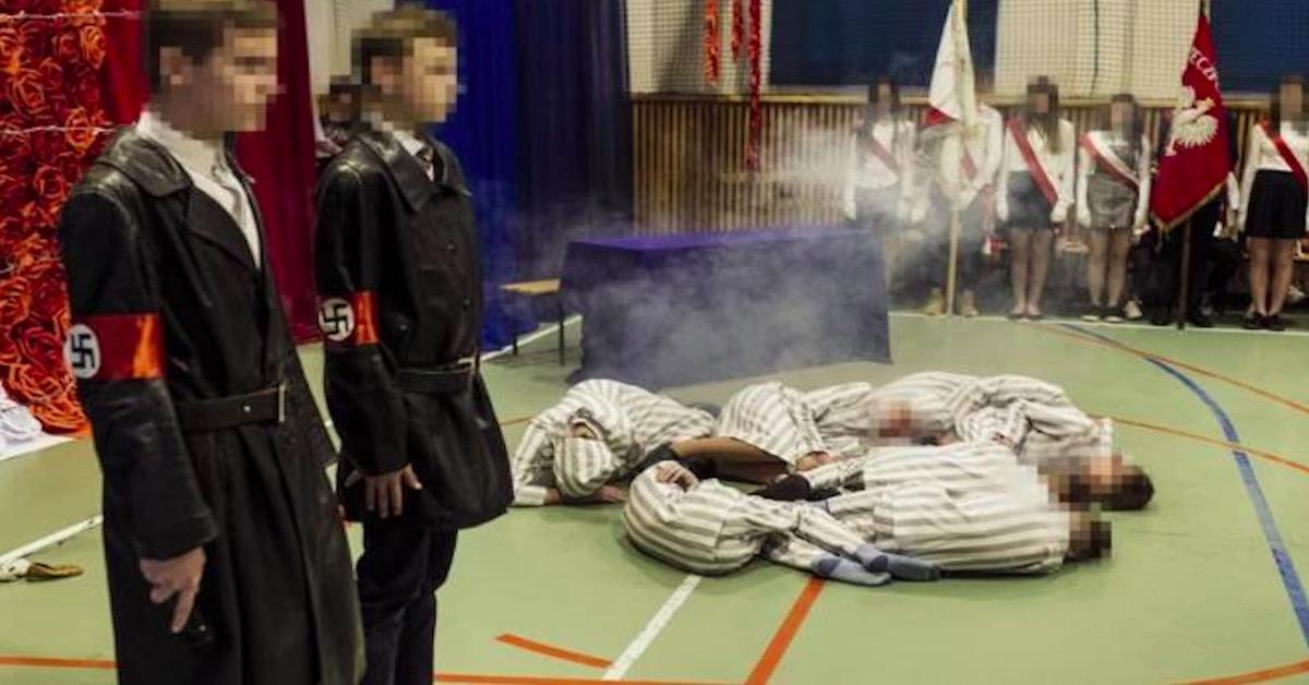 nazistowska inscenizacja w szkole