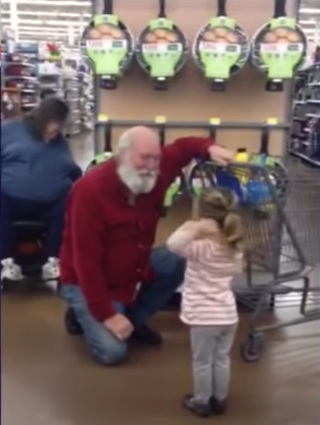 spotkała świętego Mikołaja w sklepie