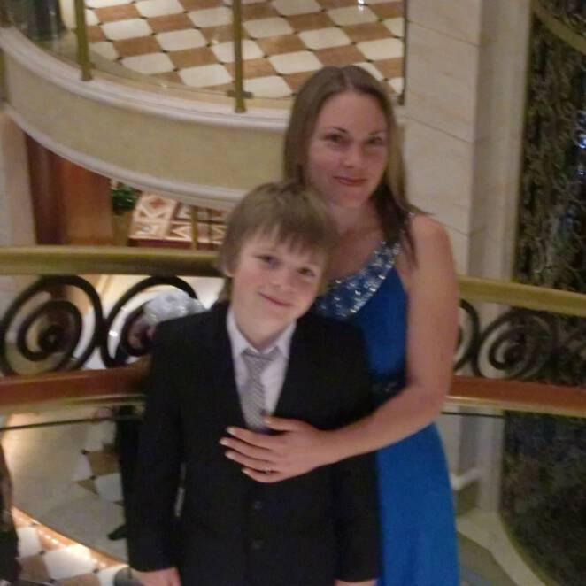 Kobieta zabiła się przez syna