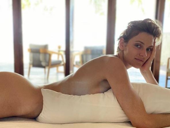 Renata Kaczoruk pozuje nago 3