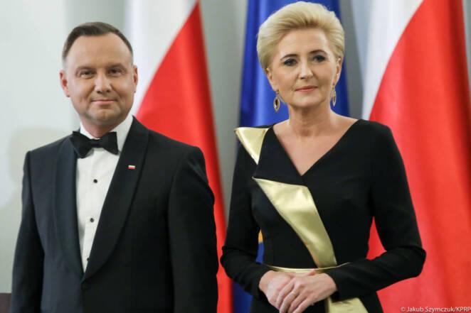 Agata Duda olśniła gości kreacją. Żony dyplomatów kipiały z zazdrości!