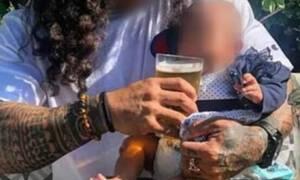 Wciskali noworodkowi wódkę i piwo