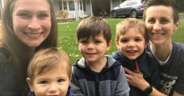 Adopcja trzech chłopców