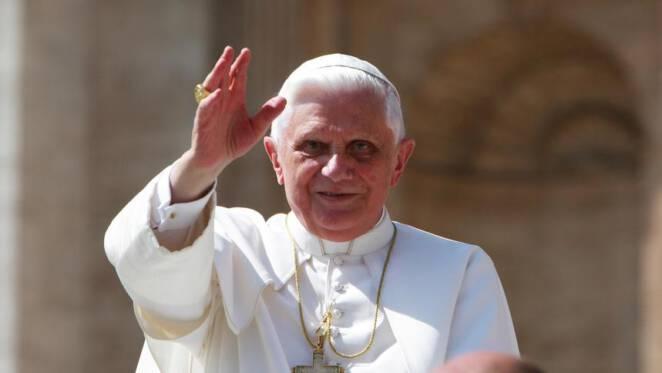 Benedykt XVI jest ciężko chory