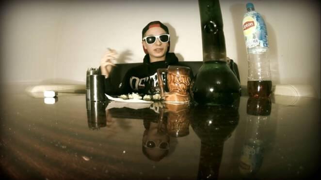 Filip Jaki tłumaczy się z narkotyków