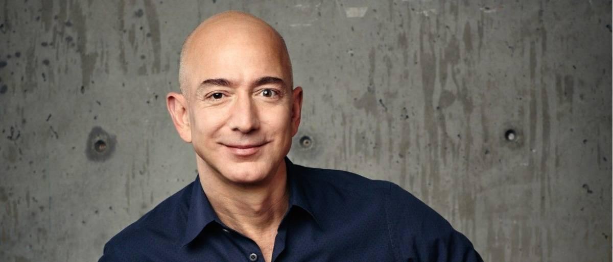 Jeff Bezos odda 10 mld dolarów