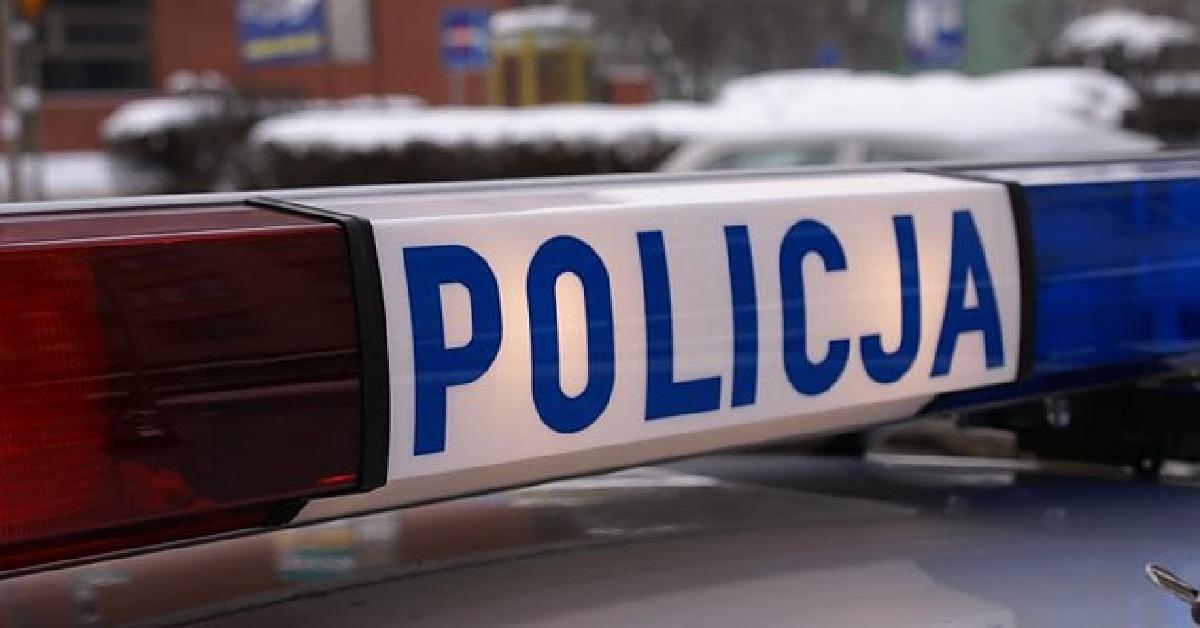 Mężczyzna odgryzł policjantowi palec