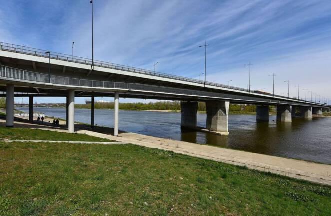 Mężczyzna skoczył z Mostu Łazienkowskiego