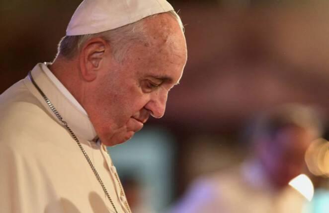 Papież Franciszek zmienia prawo