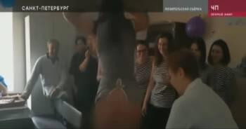Urządzili striptiz w kostnicy