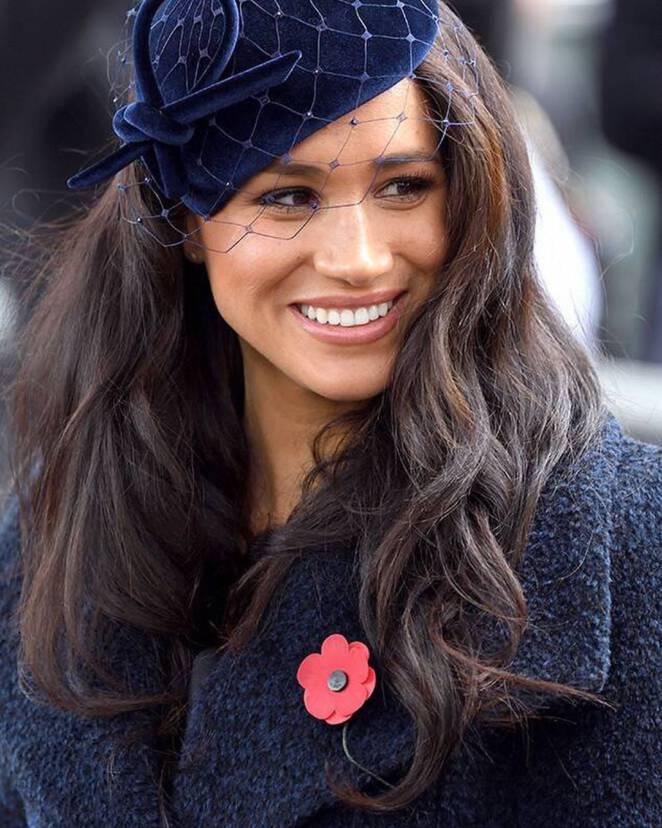 Królowa zakazała Meghan i Harremu używać tytułu Royal
