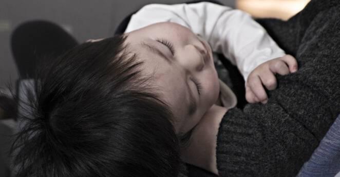 Matka leczyła dziecko wybielaczem