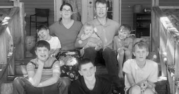 nie żyje matka i jej sześcioro dzieci