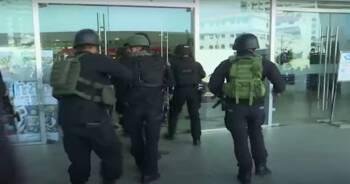 Filipiny atak na galerię handlową