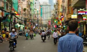 Chiny zamykają granicę dla wszystkich obcokrajowców. Powodem są zakażeni