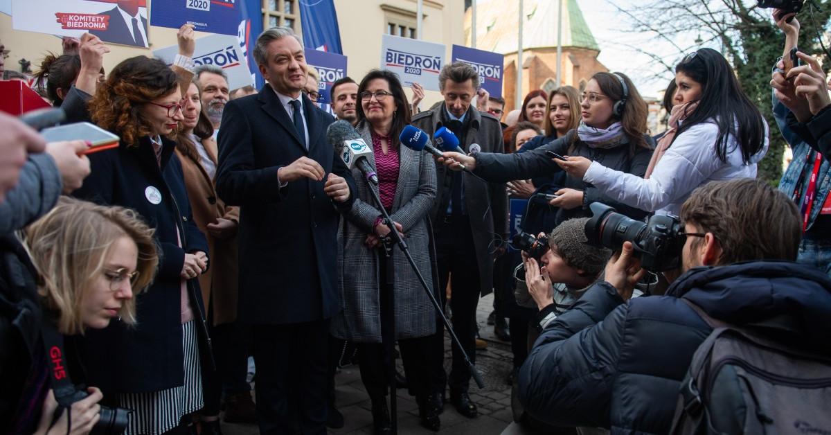 Robert Biedroń oskarża Dudę 2