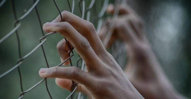 W Iranie wypuszczono więźniów z powodu koronawirusa